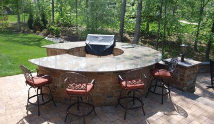 Williamsburg, Virginia Outdoor Living Spaces