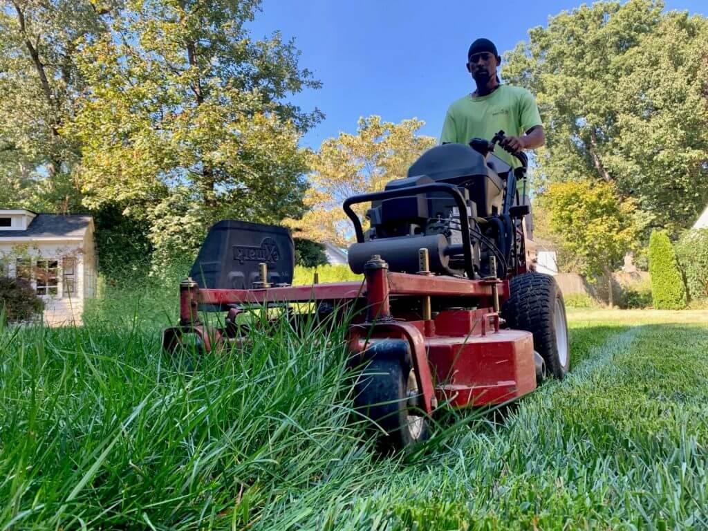 Richmond, VA Lawn Mowing Service