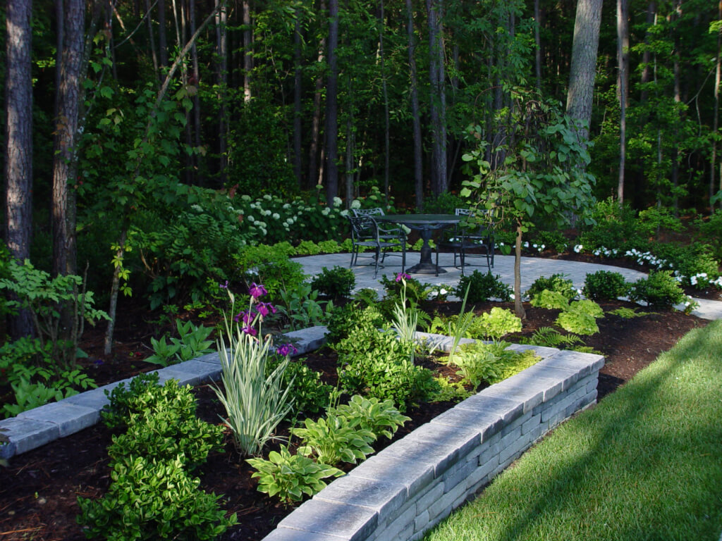 Richmond, Virginia Lawn and Landscape Services